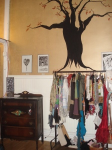 Clothes, Art and Furniture!