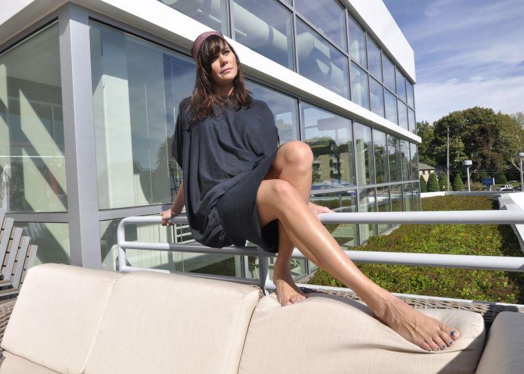 millenial dress legs edit